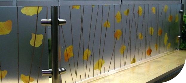 Vách ngăn phòng khách bằng gỗ 4