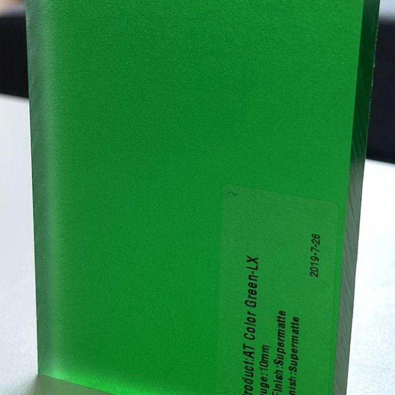 Color Green LX