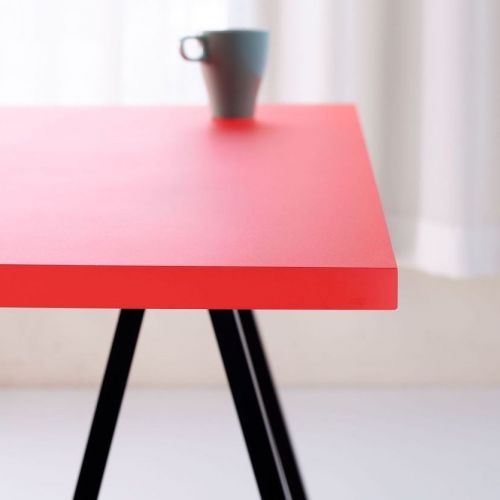 resin table red